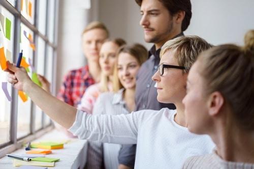 Intensiv-Workshops als nachhaltige Weiterbildung für Fachkräfte und Führungskräfte